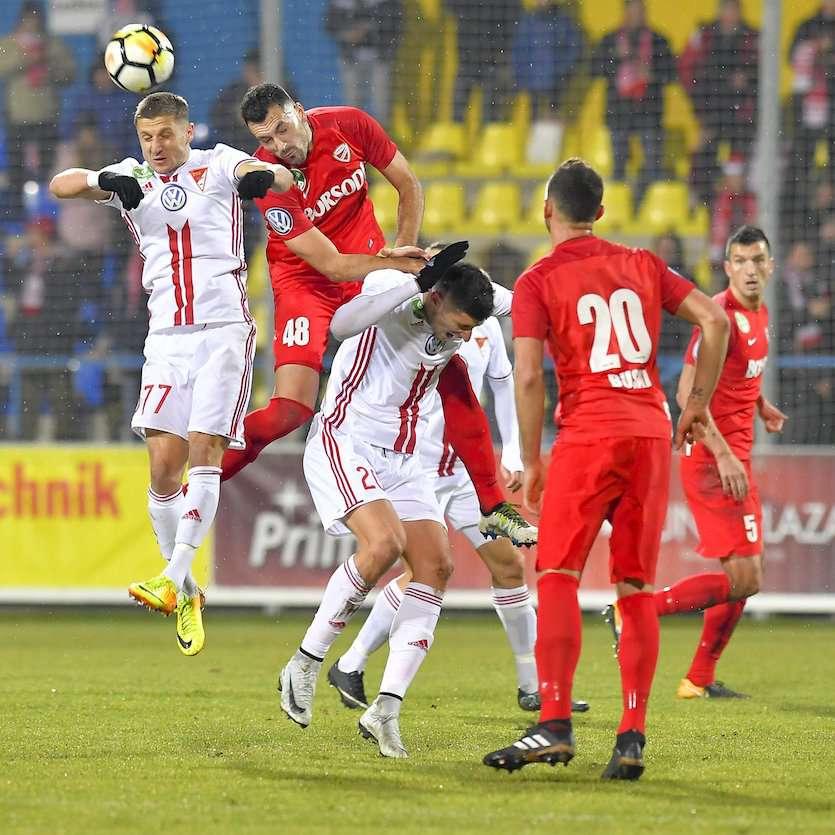 A Ferencváros telel az élen 1