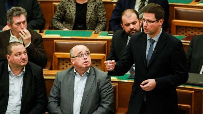 támadás Orbánia ellen!