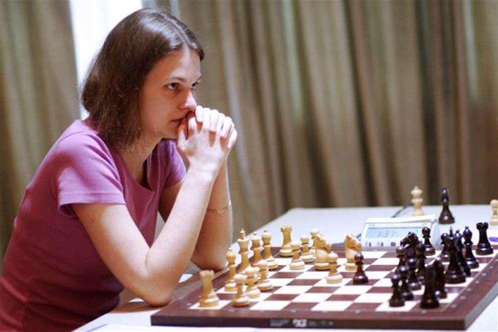 Bajok vannak a szaúdi sakk-világbajnoksággal