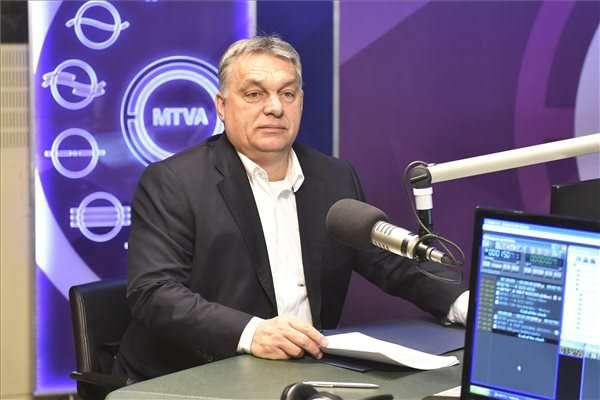 kormányfő rádiós locsogása - migráció