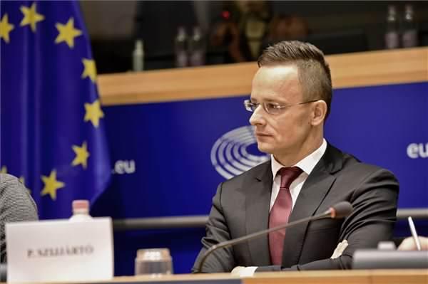 Civil szervezetek bírálták a magyar kormányt az Európai Parlamentben