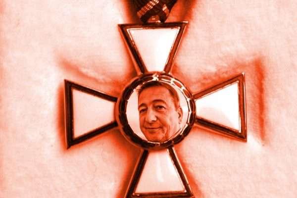 Bayer ócska, piti, bér-antiszemita és bér-rasszista