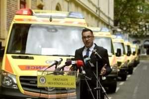 Terror ellen védve - a mentők is beszálltak a propagandába