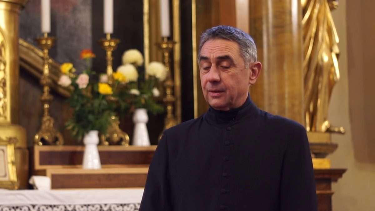 Németh László plébános Isten helyett a Fideszhez hű