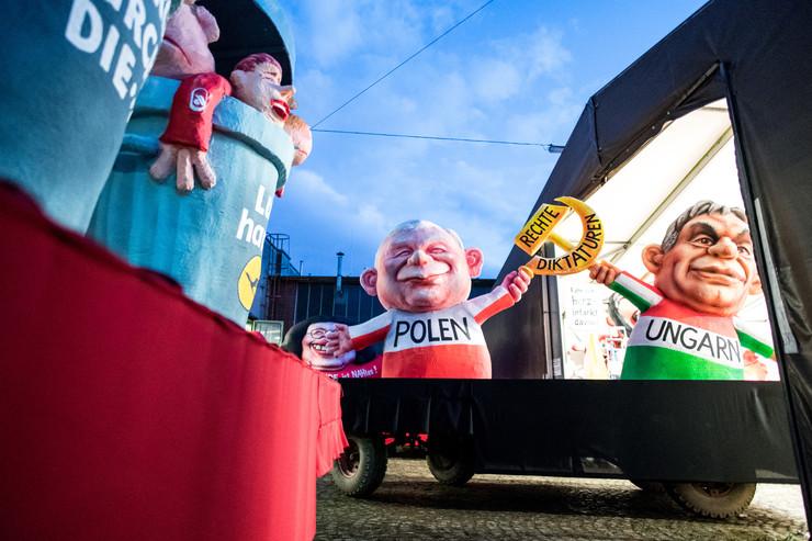 Orbán szobrot kapott Németországban