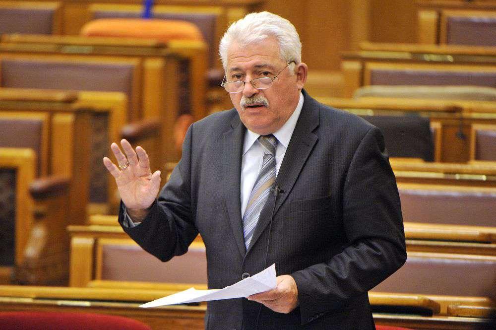 Fónagy János a Jobbikot vagy Orbán Viktort rágalmazta meg?!