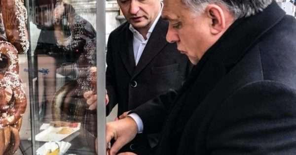 Az osztrákok díjazzák Orbán korrupciós-szintjét