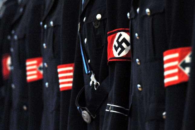 Vajon Lázár János új náci, vagy csak ennyire hülye?