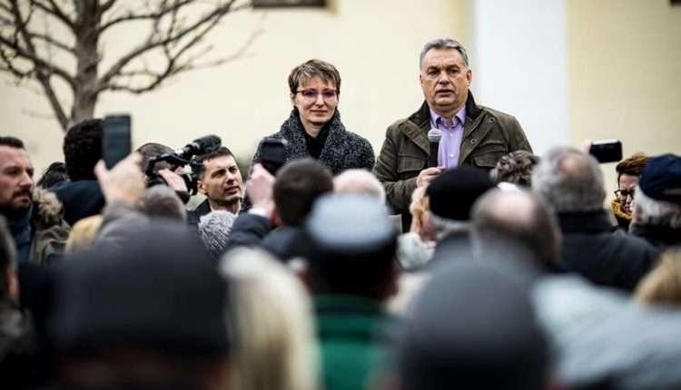 Orbán, a véletlenek embere - tömeg várta glancba vágva, hátha arra téved!