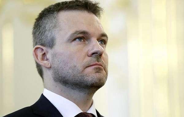 Bizalmat szavazott az új szlovák kormánynak a parlament