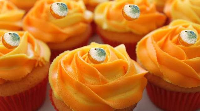 Az Auguszt név kötelez - éljenek a narancssárga sütik!