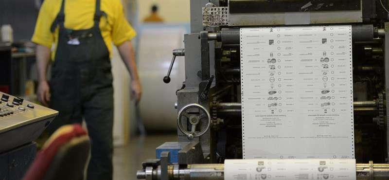 Hadházy: eleve 500 ezerrel több szavazólapot nyomtattak.....