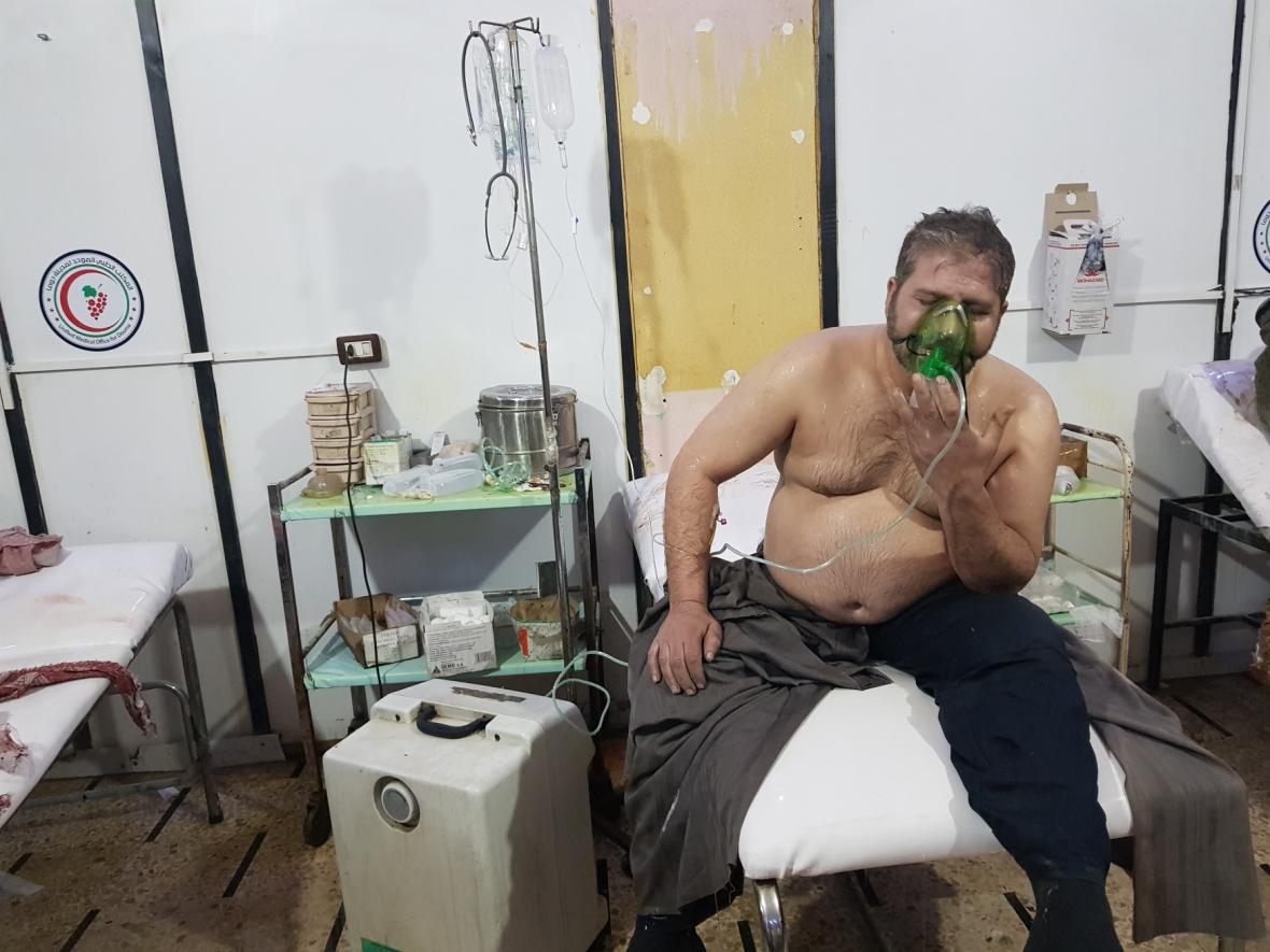 Az orosz külügyminiszter szerint a folyamatos kétoldalú katonai kapcsolattartás miatt nem volt nagy a kockázata annak, hogy az orosz és az amerikai fegyveres erők közvetlen összetűzésbe keveredjenek a Szíriában a Dúma városa elleni vegyi támadásmegtorlására szombaton végrehajtott nyugati légitámadás során.