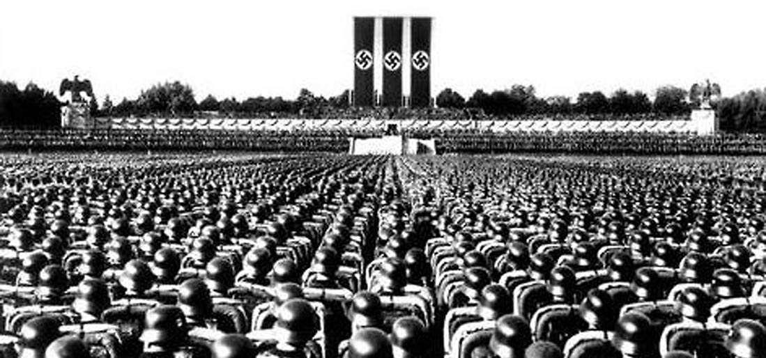 Kálmán László: Mi a fasizmus?
