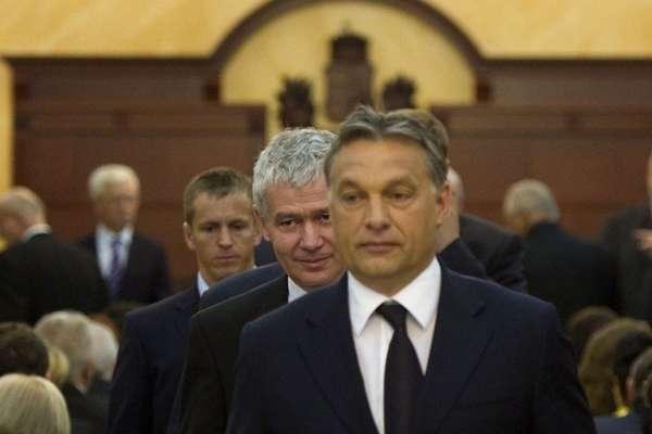 polt-orbán
