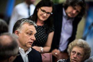 Orbán beveszi Budapestet - válogatott idősek ámultak szavain
