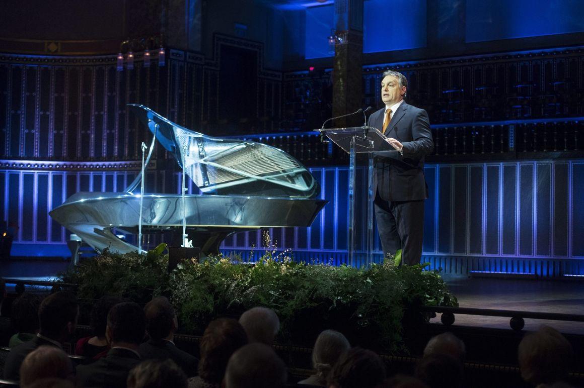 Bogányi zongorát adtunk az Oroszoknak - más nem nagyon teper érte
