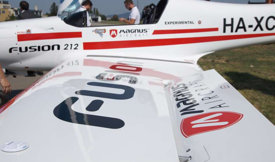 Szalántánál lezuhant egy Magnus Aircraft kisrepülő, ketten szörnyet haltak