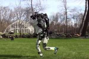 humanoid robotok