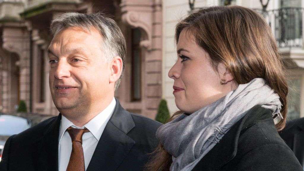 Orbán Viktor és Orbán Sára, Johanna anyja