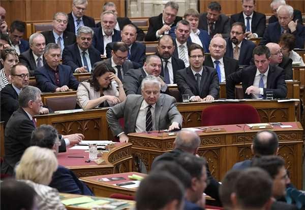 A Fidesz megszavazza