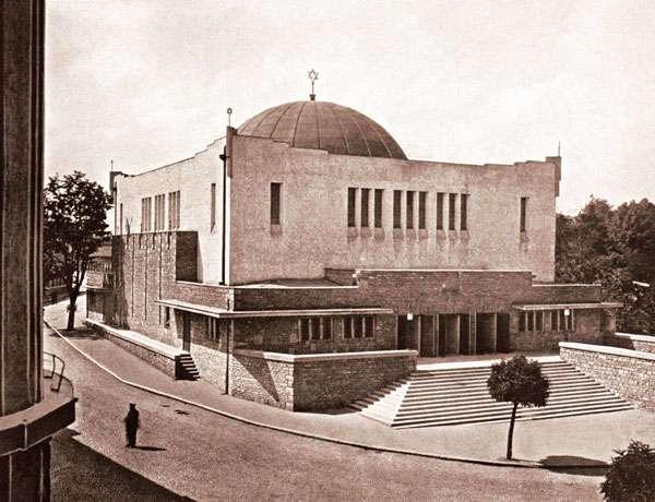 neolog zsinagoga Zsolna
