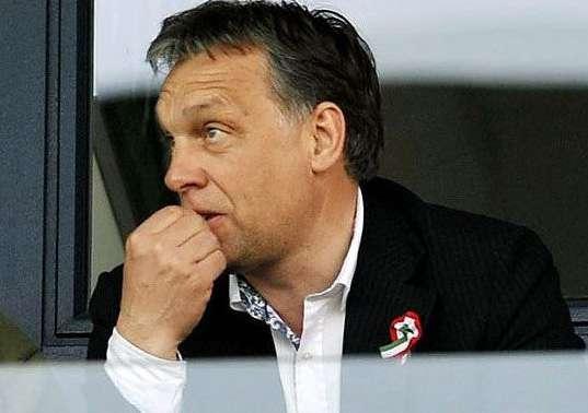 Orbán szotyizik