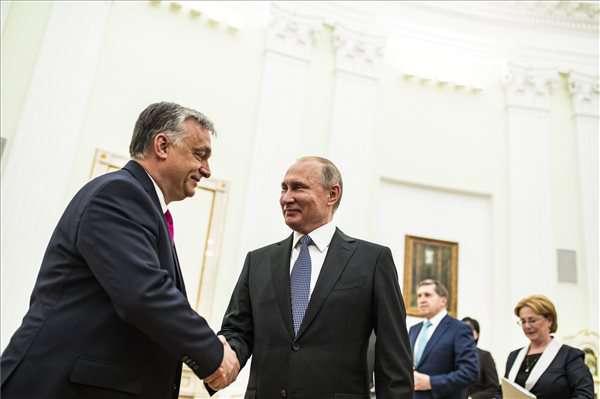 A kormányfő Putyinnál