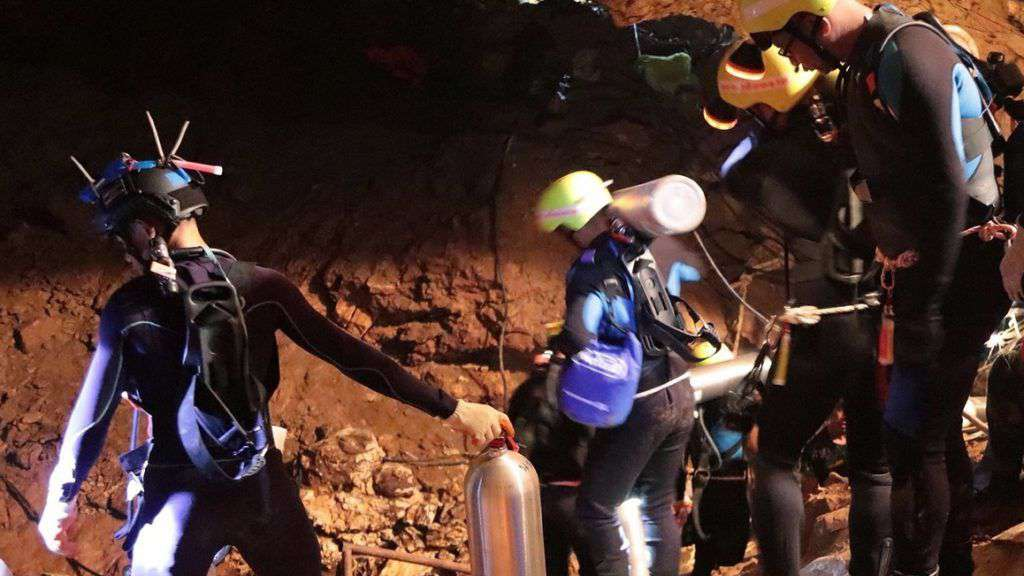 mentőalakulatok barlangi mentes kozben