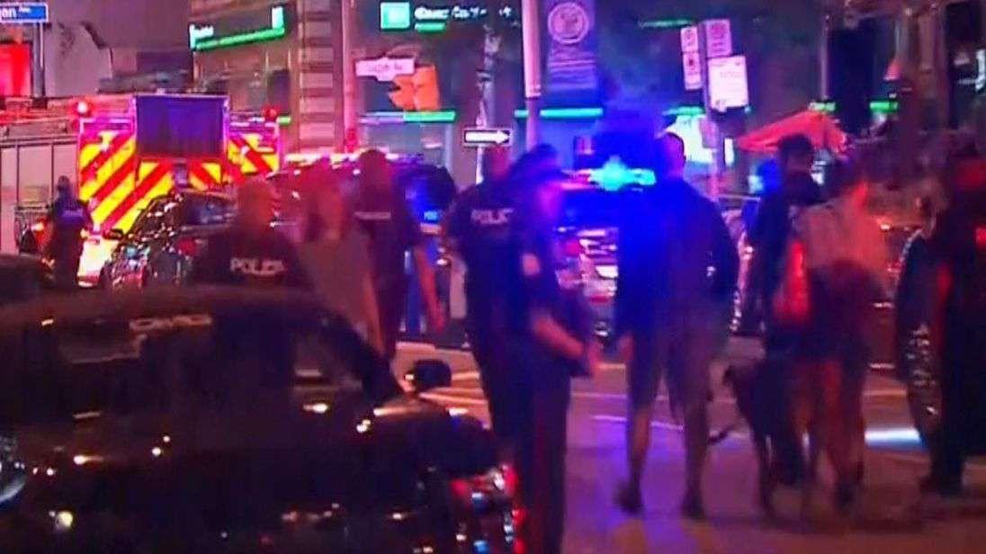 lövöldözés, sebesültek Torontóban