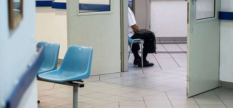 magyar egészségügy: várakozás