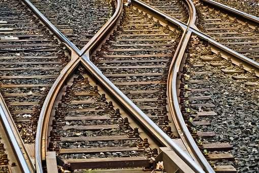 gázolt a vonat, elgázolt