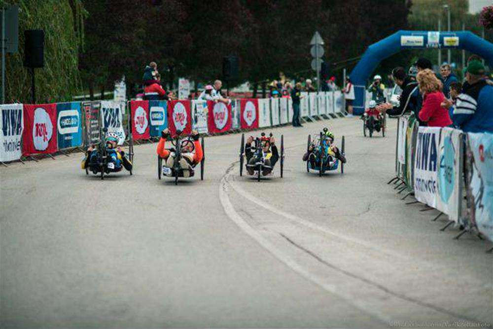 parakerékpáros verseny