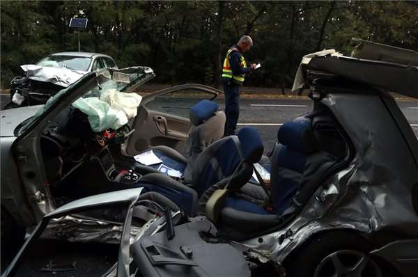 halálos áldozata van a balesetnek