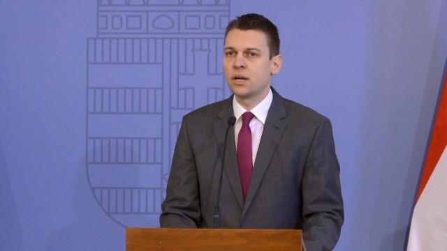 """Menczer Tamás """"leigazolt"""" a Fideszhez - az új harcostársat a legbelsőbb körből ajánlották 1"""