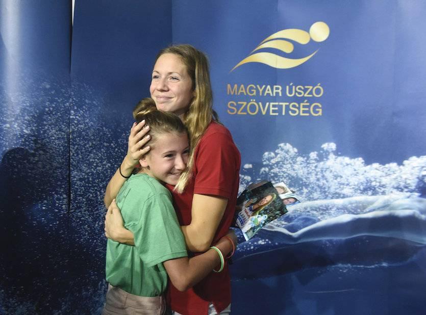 A Duna Arénában köszöntötték az úszókat 1