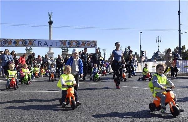 Autómentes hétvége Fidesz-beütéssel, Tarlós-gyaloglással 3