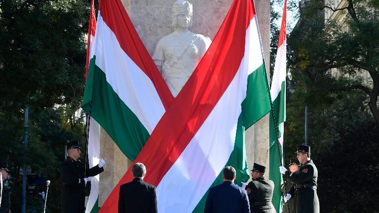 """Gábor György: A reinkarnációs szeánszhoz a """"történelmi egyházak"""" asszisztáltak 2"""