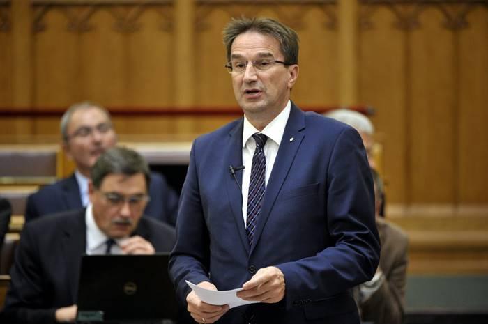 """Orbániáé az EU messze legaljasabb """"kormánya"""""""