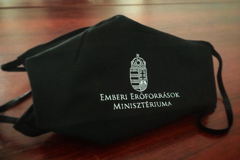 EMMI_maszk-kasler