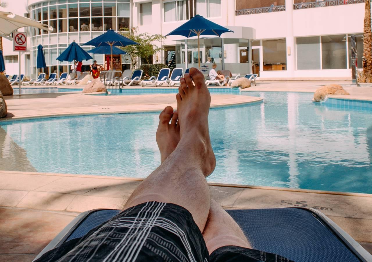 Mészáros, a jótékony - kampány: 200 millióért nyaraltat!