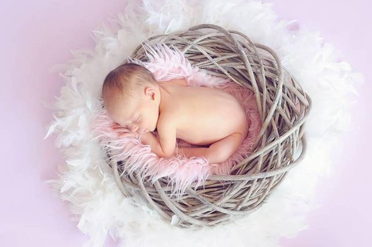 Számold ki: a ma született kisbaba is eladósodott már félmillió forinttal Kínának és Oroszországnak!