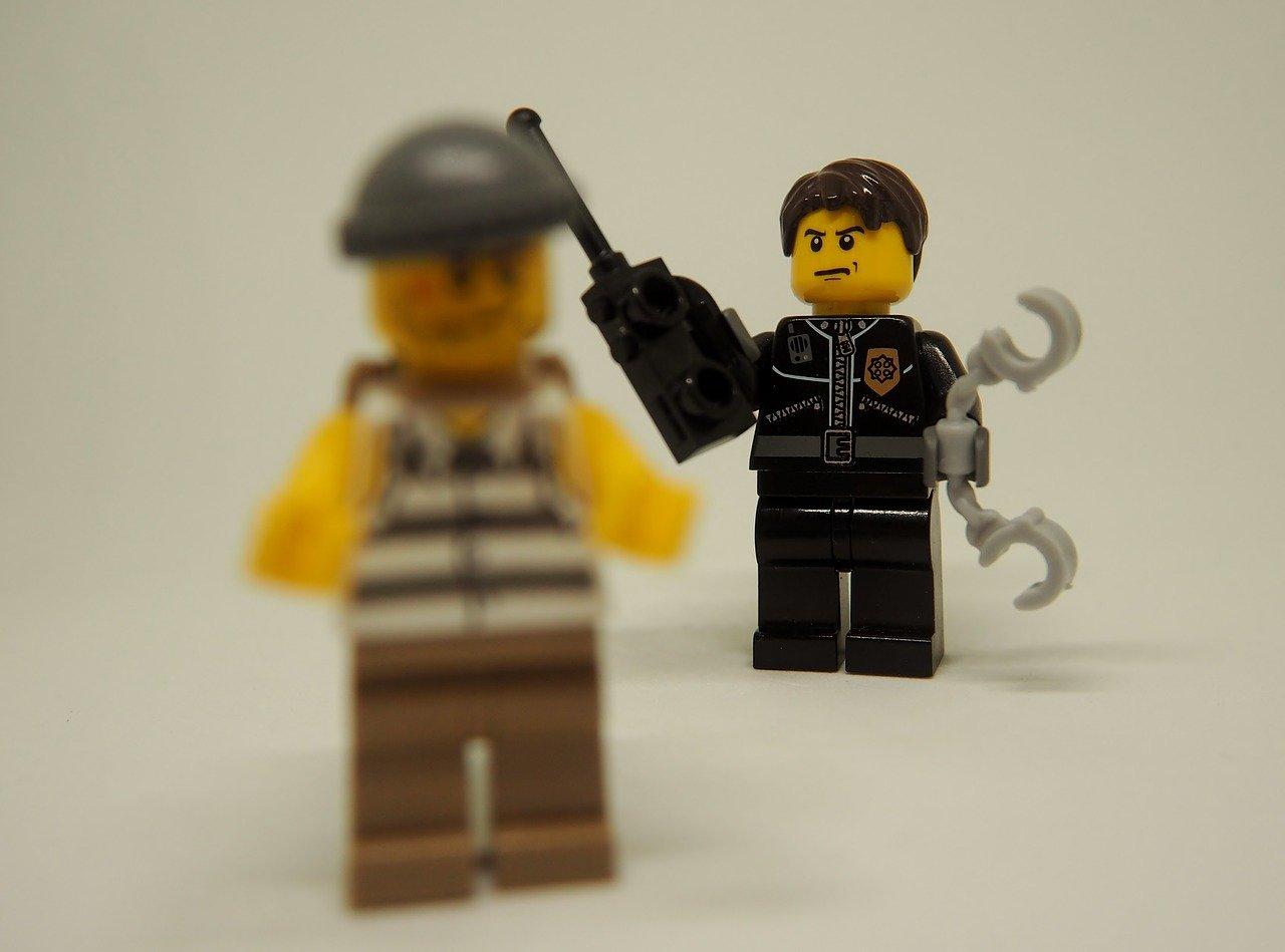 """""""Ha azt mondja, hogy védett, elhiszem neki. Én nem fogok a táskájában turkálni, nem vagyok rendőr!"""""""