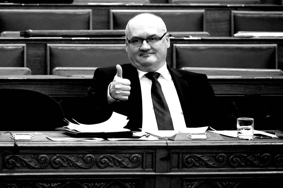 Czeglédy: Hende Csaba harcos hallgatása közbérlakáseladás-ügyben - akik hétről-hétre élnek és a létfenntartásukért küzdenek, úgysem mennek el szavazni