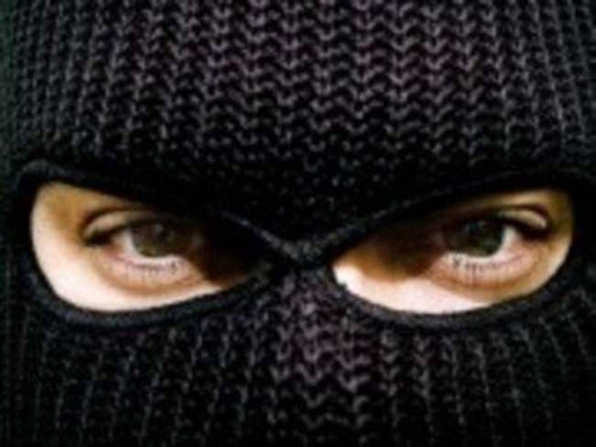 Kirabolták Kásler Miklóst! - Betörtek a sárvári házába, a rendőrök nagy erővel kutatkodnak....