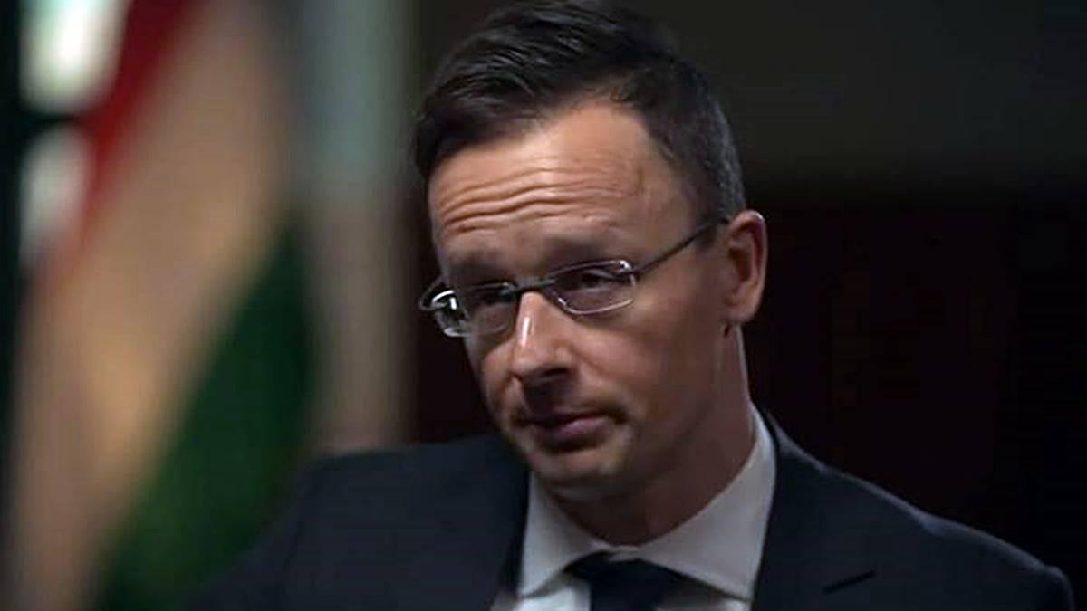 """Szijjártó: az Európai Bizottság """"jogi huliganizmust, jogi vandalizmust"""" követ el Magyarországgal szemben!"""