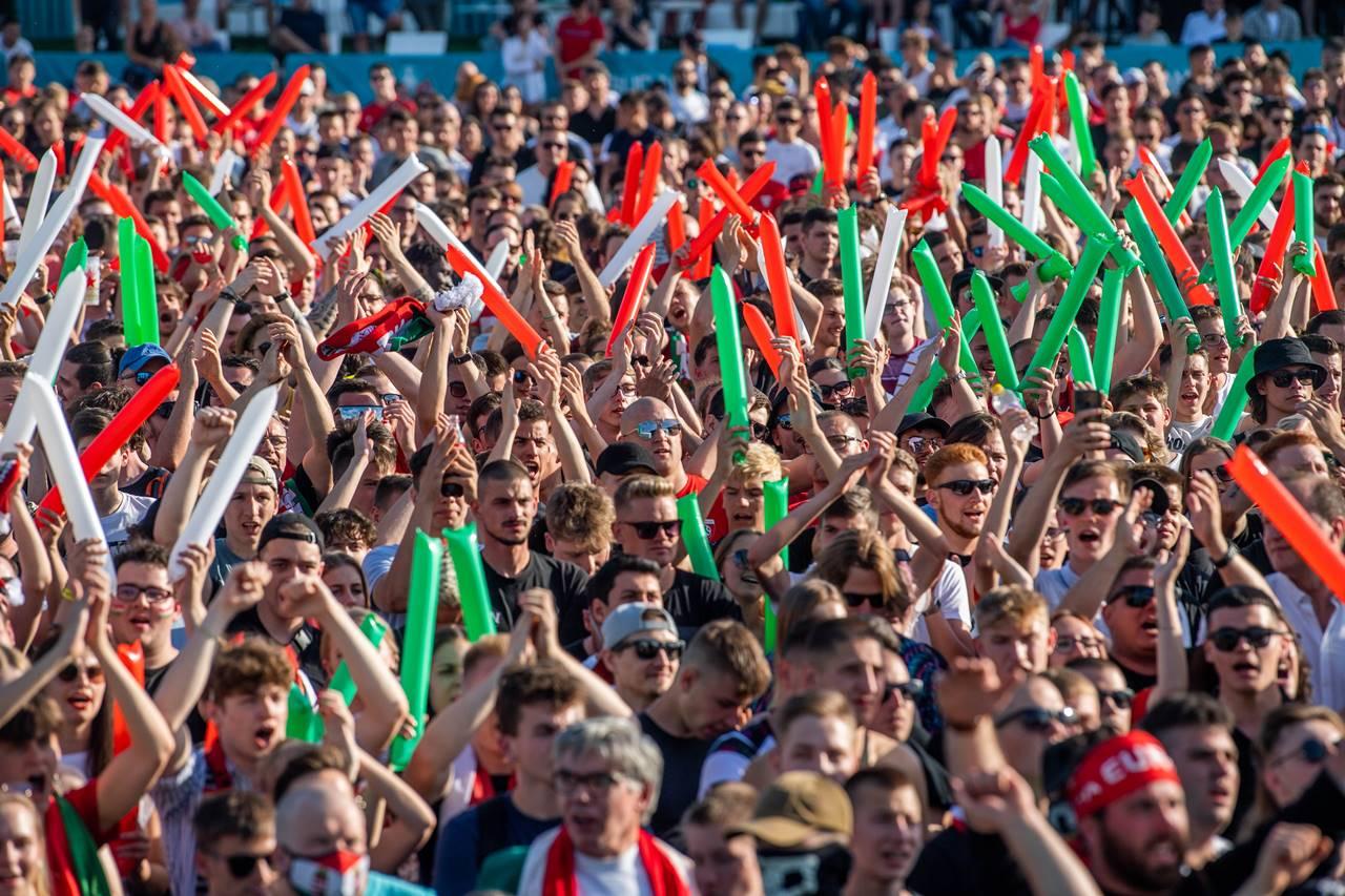 Itt a vége! - 84 percig élt a magyar álom, aztán 0 : 3 lett!