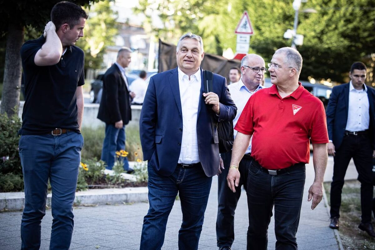 Orbán olvasatábanb az országra leselkedő három veszély: migráció, járványok, Gyurcsány Ferenc visszatérése a hatalomba - Újrázását nem említette!