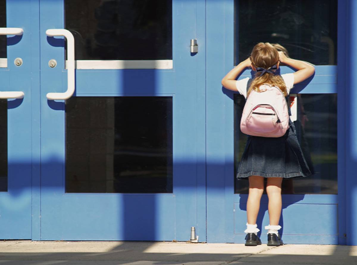 """""""Mélytorok""""-info, vagy folyosói pletyka? - Hírek-híresztelések az iskolakezdés körül...."""