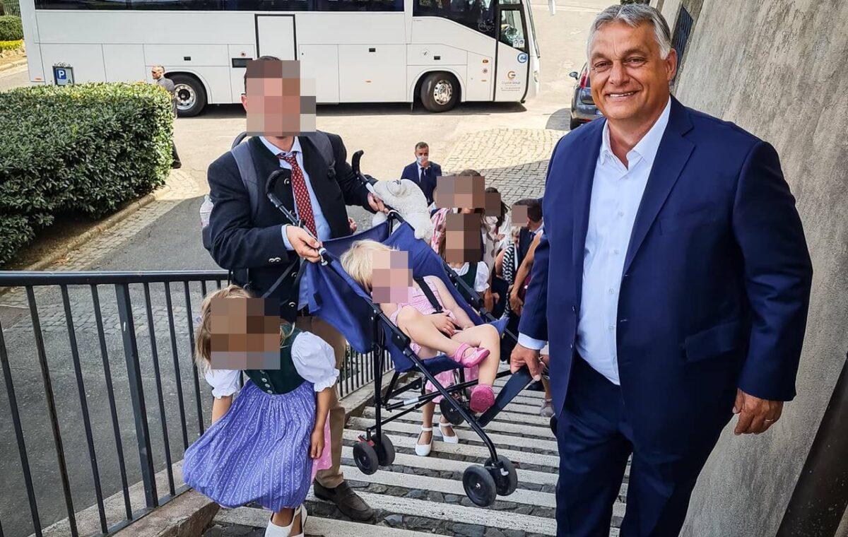 """Orbán-cserkész ahol tud.... - """"A cserkész nem kürtöli világgá, hogy megtett egy tök evidens dolgot!"""""""